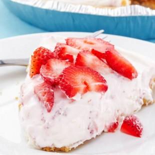 strawberries, and creamy ice cream e liquid